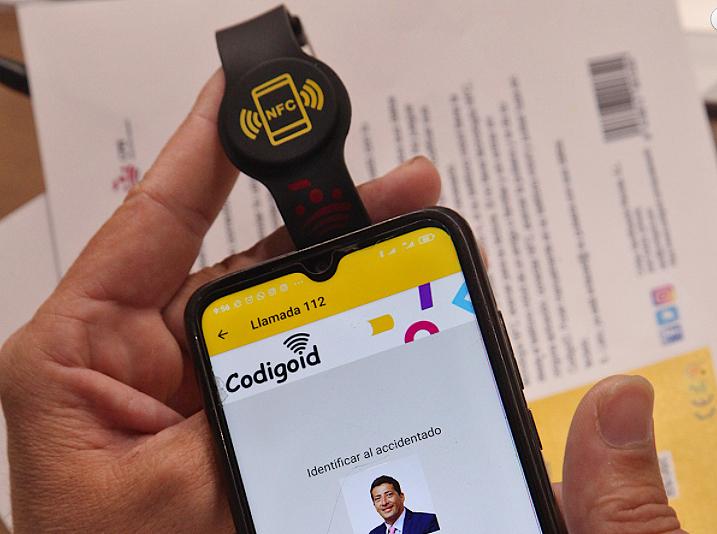 El CPEI adquiere pulseras NFC para aumentar la seguridad y la salud de los bomberos