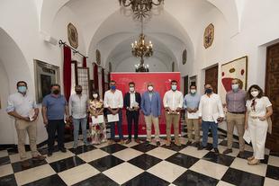 Los 12 ayuntamientos con más de 5.000 habitantes de la provincia firman el plan extraordinario de la Diputación 'Pueblos con Futuro'