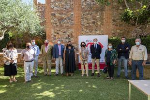 La Diputación materializa su apoyo al sector del toro de lidia frente a la crisis provocada por la Covid