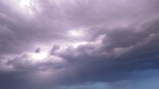 El Centro de Urgencias y Emergencias 112 de Extremadura amplía la alerta amarilla por tormentas en el norte de Cáceres
