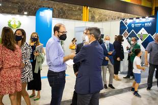 La Diputación de Badajoz presenta su red provincial de puntos de recarga para vehículos eléctricos en el Foro Greencities 2021 de Málaga