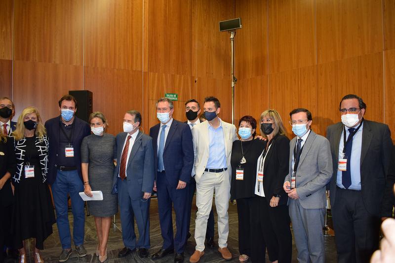 El presidente de la Diputación de Badajoz asiste a la constitución del Foro Local de la Agenda Urbana