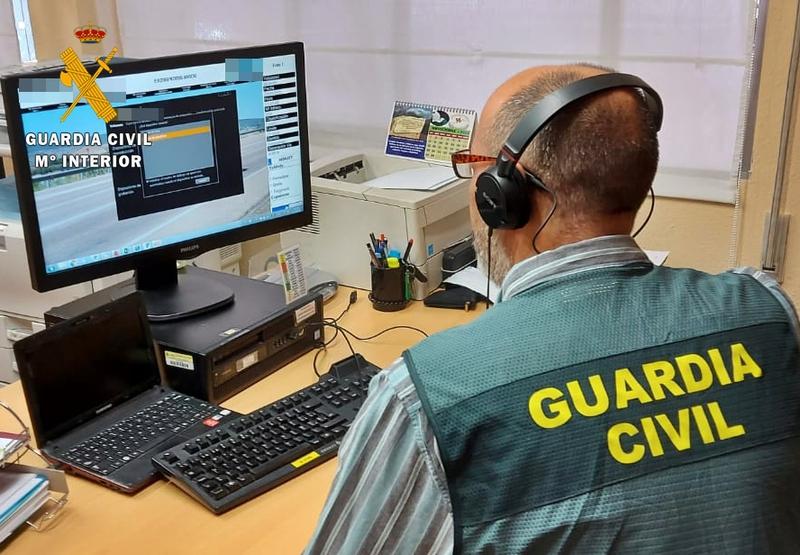 La Guardia Civil investiga a un mediador de seguros de vehículos, por estafar a sus clientes