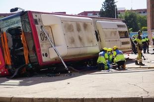 Los bomberos del CPEI de la Diputación de Badajoz asisten a certámenes internacionales de seguridad y emergencia