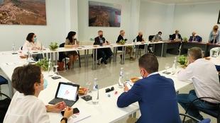 El equipo de gobierno perfila en Alange el presupuesto de la Diputación de Badajoz para el 2022