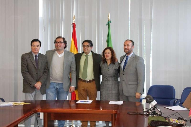 Almendralejo, Herv�s y Trujillo acuerdan con la Junta de Extremadura seguir promocionando la accesibilidad en sus ciudades