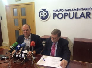 Monago remarca que la voluntad del PP es ''intentar hasta la extenuaci�n'' un acuerdo para los PGEx