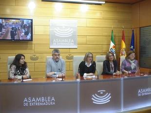 Los grupos parlamentarios analizar�n en una comisi�n de expertos la nueva financiaci�n auton�mica