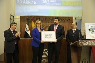 La ONCE pondr� a la venta este s�bado 5,5 millones de cupones dedicados a la Asamblea de Extremadura