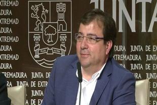 Vara dice que a Podemos le traslad� ''sencillamente'' que ''si se quiere gobernar, se gobierna desde el gobierno''