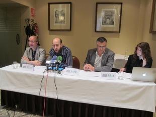 La Asociaci�n Audiovisual de Extremadura se�ala que la deuda del canal p�blico pone en ''duda el desarrollo'' del sector