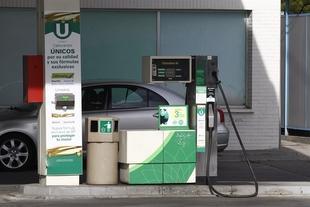 La operaci�n retorno comienza con los precios de los carburantes m�s bajos en 7 a�os