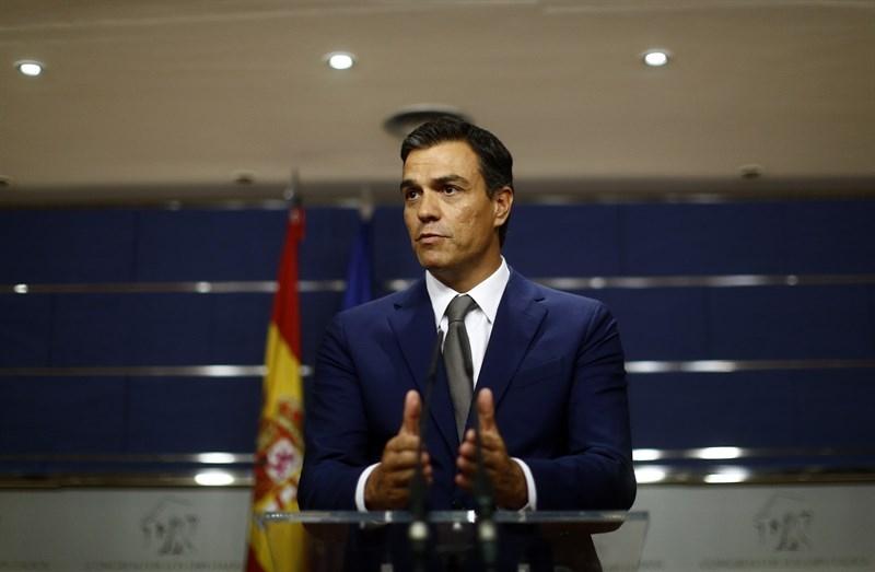 Pedro S�nchez baraja convocar el congreso del PSOE en diciembre y fijar las primarias para el 23 de octubre