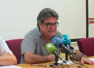 Carretero replica al PP que la movilizaci�n a favor del ferrocarril ''digno'' en Extremadura no es ''contra nadie''