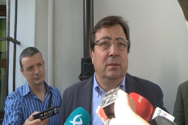 Vara pide que todos los diputados del PSOE voten abstenci�n y se�ala que en el Comit� Federal no se plante� otra opci�n