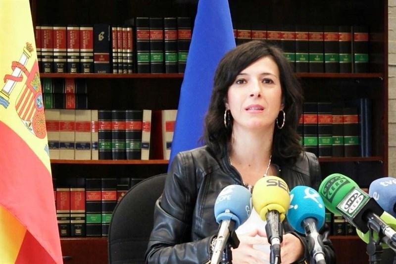La Junta de Extremadura ve la bajada con ''optimismo moderado'' y pide al Gobierno un plan extraordinario de empleo