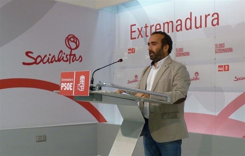 El PSOE extremeño hace un llamamiento a Podemos para alcanzar acuerdos en las enmiendas parciales