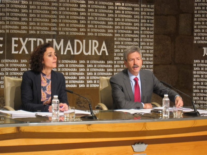 Extremadura subvenciona el 40% de instalaciones fotovoltaicas para autoconsumo para contrarrestar el ''impuesto al sol''