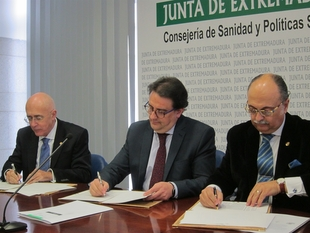 La Junta y colegios médicos de Cáceres y Badajoz acuerdan que los medicamentos se prescriban por principio activo