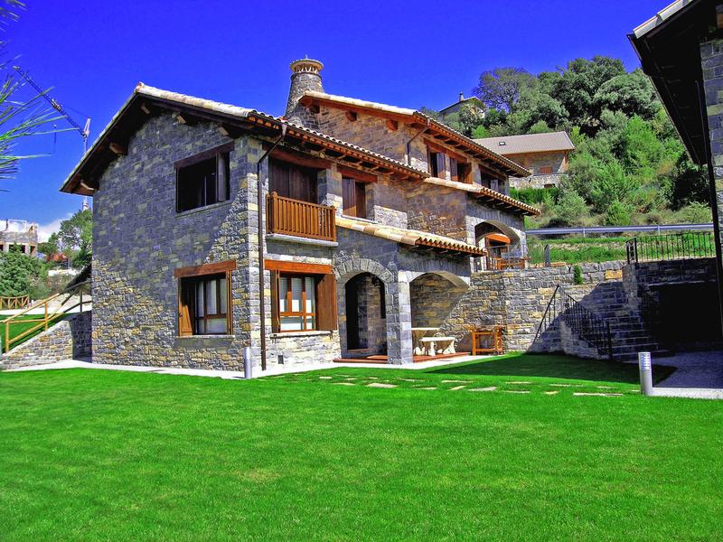 Extremadura alcanza el 54% de ocupación en casas rurales para el puente de San José