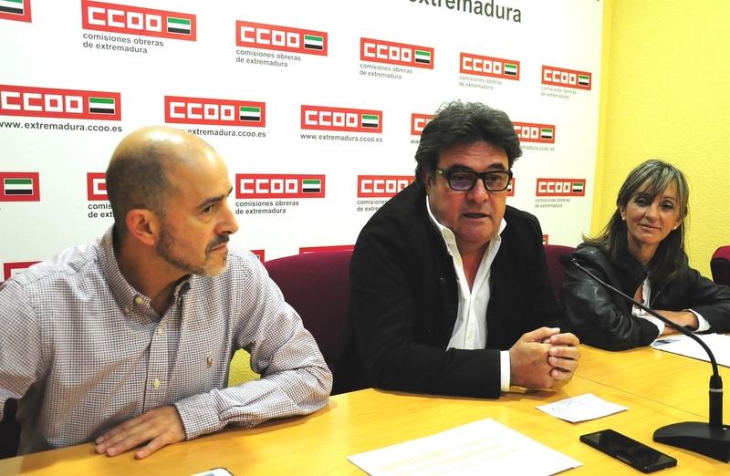 CCOO Extremadura cree que suprimir los deberes abriría la ''brecha de clase'' entre alumnos con más y menos recursos