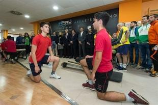 Fernández Vara participa en la presentación de una campaña contra la obesidad infantil a través del deporte