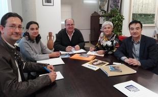 Apamex aborda con el director general de Medio Ambiente la accesibilidad en los espacios naturales de Extremadura