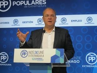Monago espera que el PSOE ''resuelva bien'' la elección de líder, porque ''no genera confianza la división''