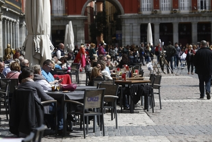La facturación del sector servicios crece en Extremadura en febrero un 5,3%