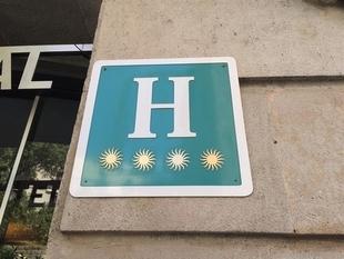 Las pernoctaciones hoteleras caen un 13,7% en marzo en Extremadura