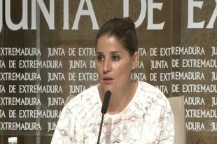 La Junta replica al PP que no se ''podemiza'' al regular la sanidad universal sino que ''garantiza'' derechos del ciudadano