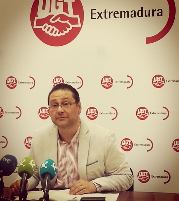 UGT recalca que Extremadura debe pedir al Estado un plan de empleo y mejora del tren al margen de interés político