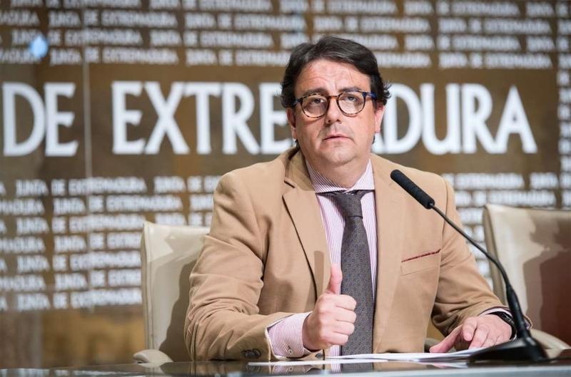El SES propone en la Mesa Sectorial sacar una nueva convocatoria con las 41 plazas de Enfermería que quedaron desiertas