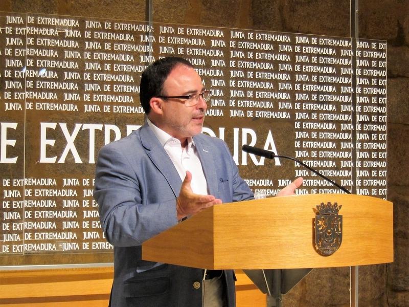 Extremadura espera superar este verano sus cifras ''récord'' del 2016 y crear 2.000 empleos directos