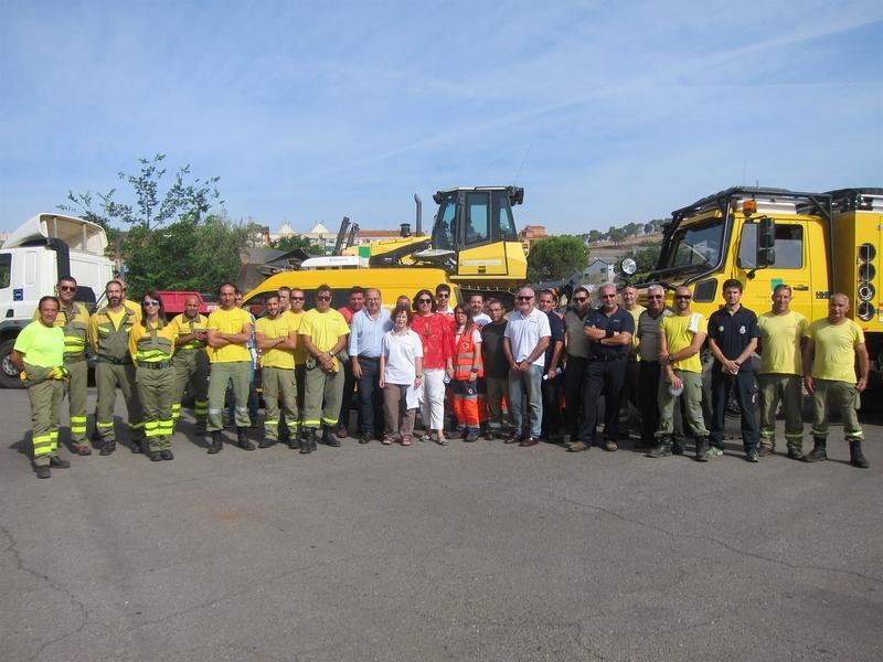 Una veintena de vehículos y 50 técnicos de Extremadura se incorporan a las labores de extinción del incendio de Portugal