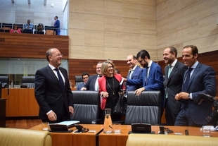 Monago tacha de ''mentira'' el discurso de Vara, en el que promete inversiones cuando ''no ejecuta el presupuesto''