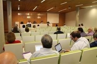 La UEx crea Instituto de Biomarcadores de Patologías Moleculares y el de Investigación y Prospección Educativa
