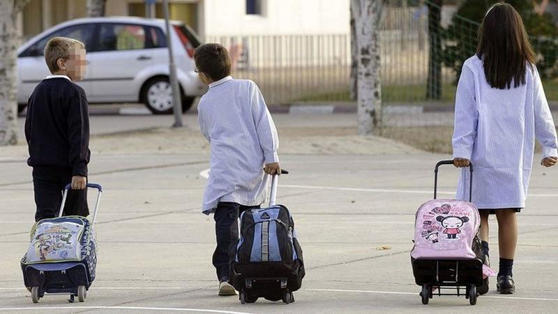 Unos 2.400 alumnos recibirán ayudas para transporte o comedor escolar el próximo curso, que contarán con 1,2 millones