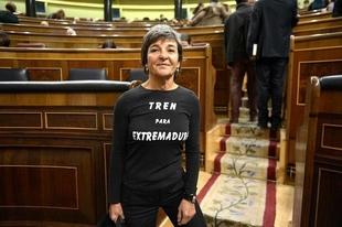 Amparo Botejara registra una pregunta en el Congreso para que el Gobierno ponga fechas al tren extremeño