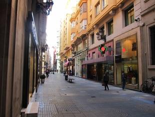Las ventas del comercio minorista suben un 2,1% en junio en Extremadura, por debajo de la media nacional