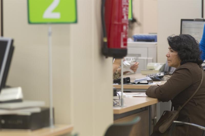 El paro baja en 16.200 personas en el segundo trimestre en Extremadura y la tasa se sitúa en el 25,7%