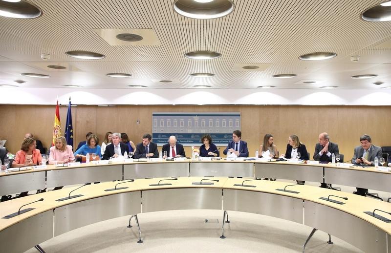 El CPFF aborda este jueves las metas de déficit autonómico y el nuevo cálculo del periodo de pago a proveedores