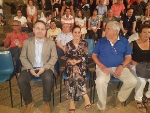 Gil Rosiña marca el Festival de Regina como un ejemplo del ''rico patrimonio'' monumental de Extremadura