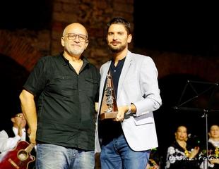 Entregado el VIII Premio Candil de Plata a José Tomás Sousa, Director de ACETRE
