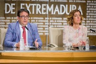 La Junta de Extremadura atiende a 25.414 extremeños en situación de dependencia