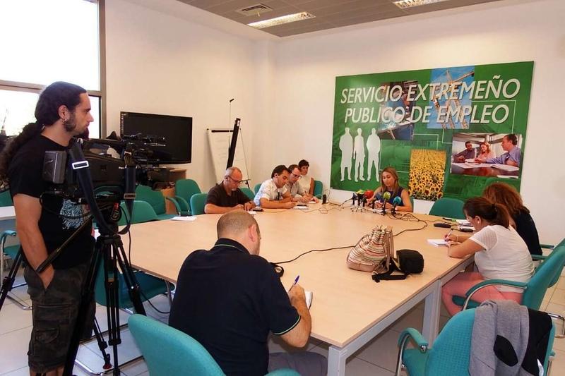 La Junta de Extremadura asegura que el aumento del desempleo es debido al efecto estacional del turismo y el comercio