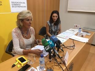 La delegada del Gobierno informa que en Extremadura existen 1.563 casos en activo de violencia de género