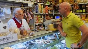 Alimentación, comercio y transporte son los sectores que generarán más empleo en Extremadura hasta final de año