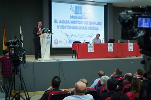 Fernández Vara apuesta por una gestión adecuada de los recursos para afrontar las dificultades que plantea el cambio climático