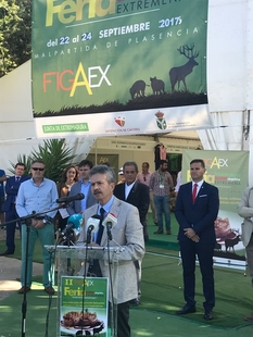 Navarro destaca en FIGAEX la gastronomía cinegética como dinamizadora para el turismo y la fijación de la población rural